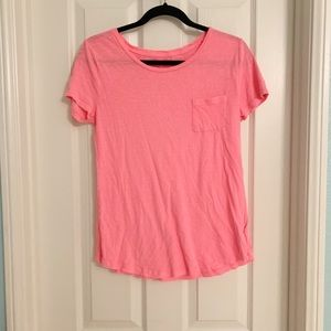 Old Navy Relaxed Tee Size Medium